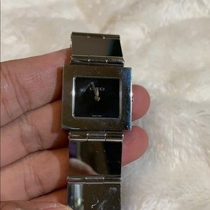 Authentic Vintage silver tone Gucci Watch